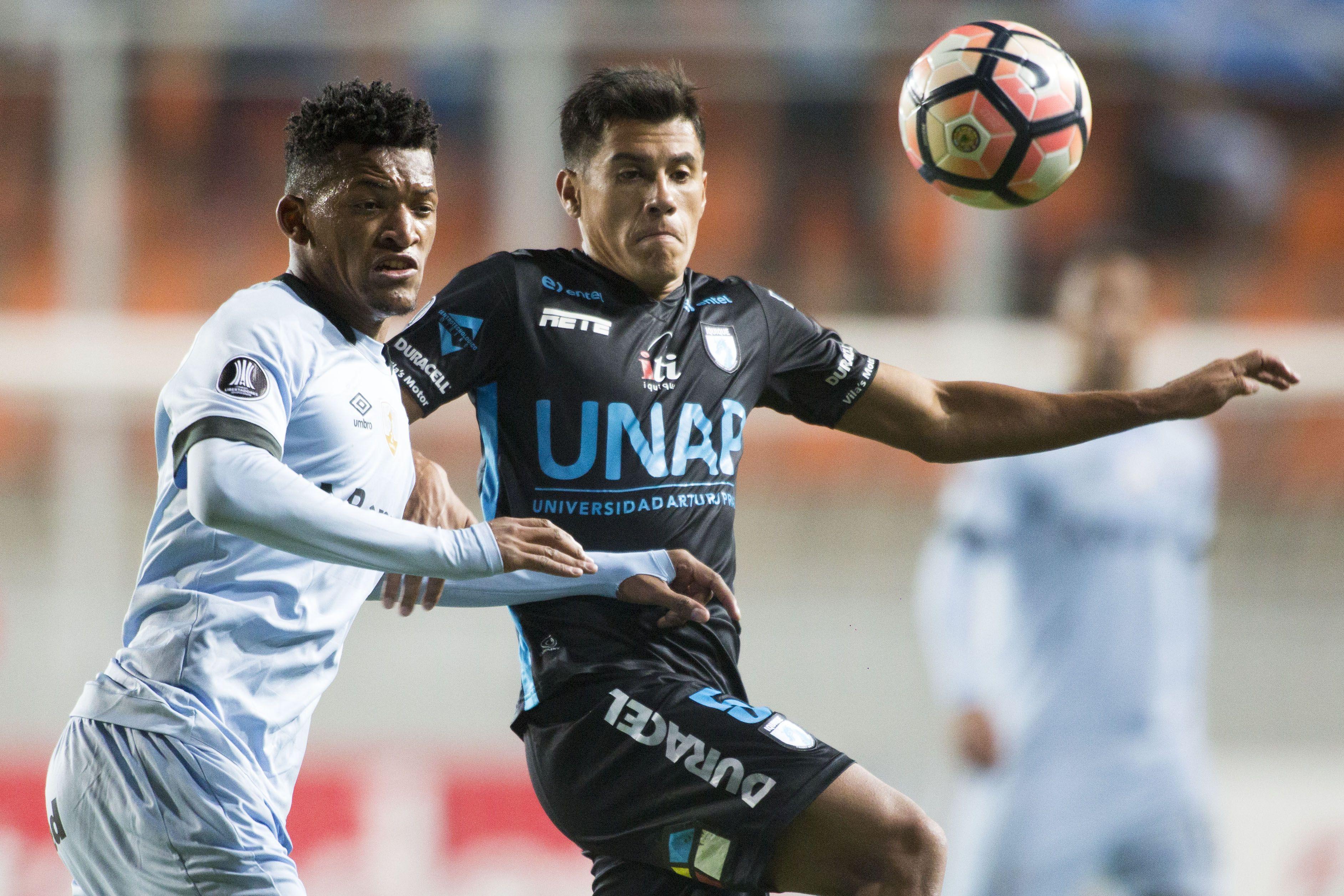 Rafael Caronca, Deportes Iquique / Photosport