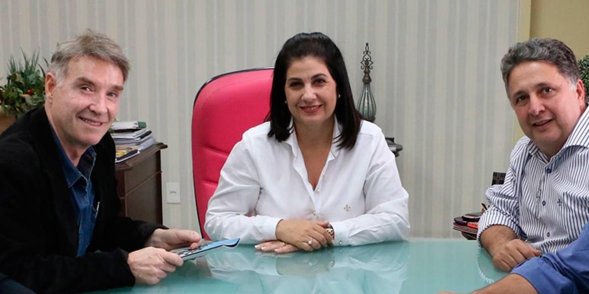 TRE-RJ decide soltar Rosinha Garotinho, que usará tornozeleira eletrônica