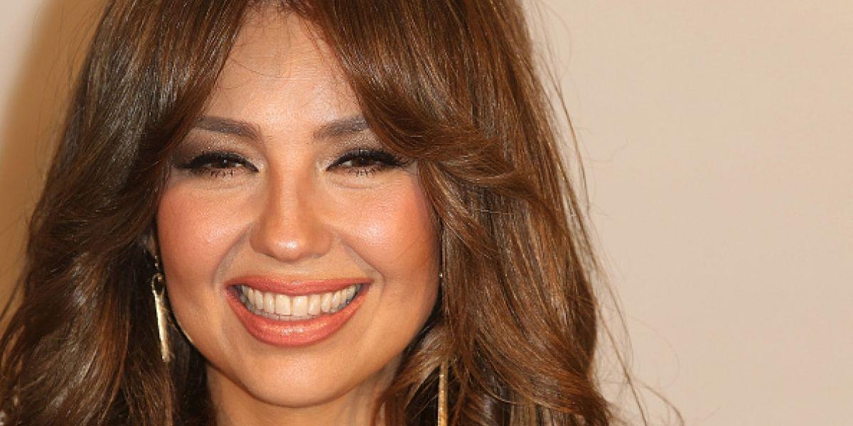 """Critican a Thalía por compartir una foto al """"natural"""", pero con retoques"""