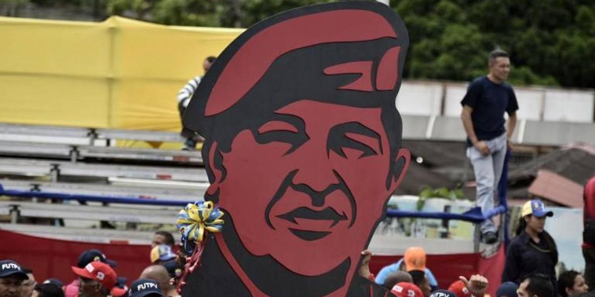 """Maduro pagó """"por fuera"""" 11 millones de dólares para la reelección de Chávez"""