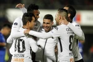 Corinthians (Brasil). Superó 4-1 en el global a Universidad de Chile en la primera ronda / AFP