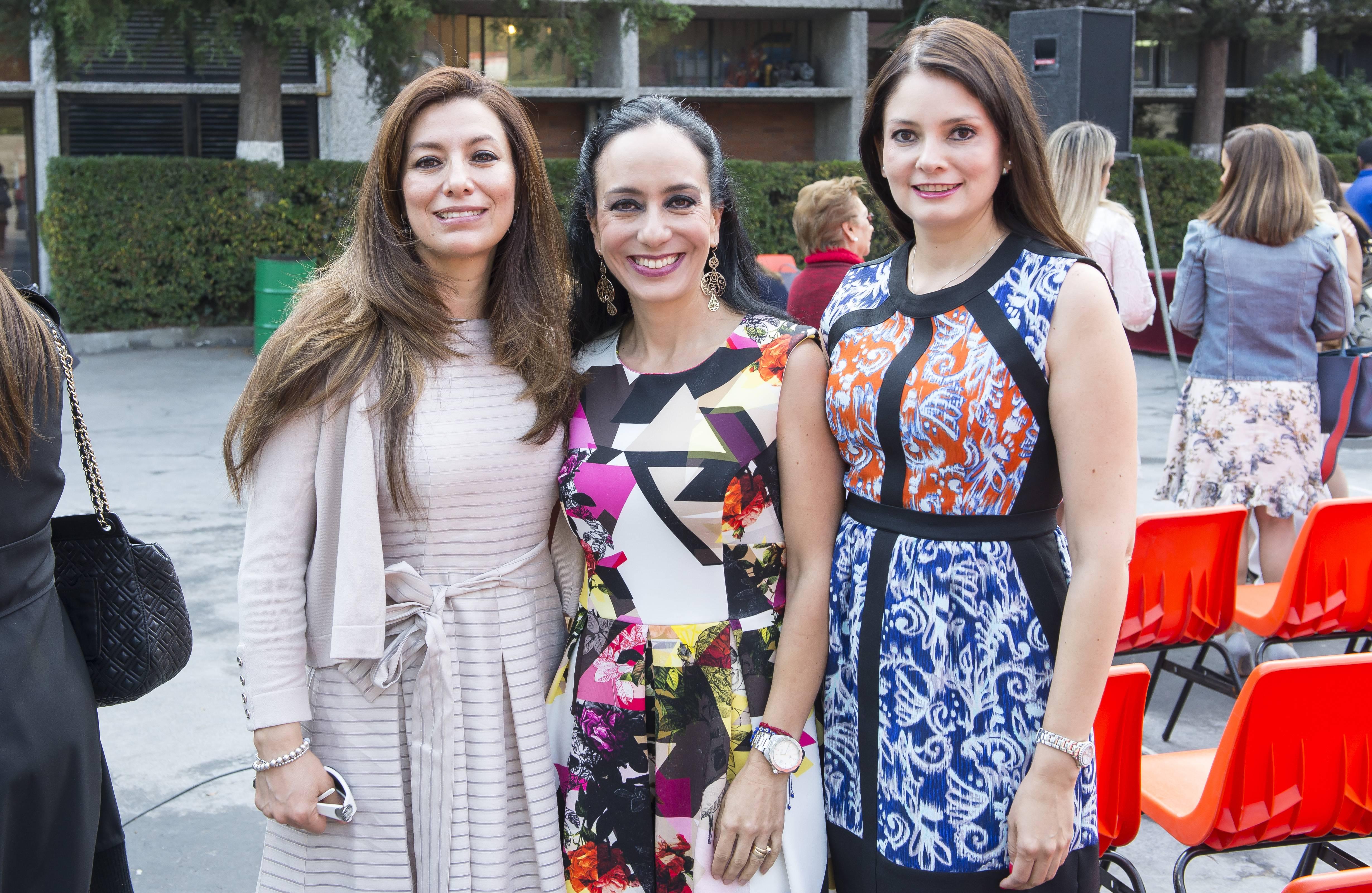 Gisela Vargas, Luisa Fernanda Sakar y Marielena López. JDS