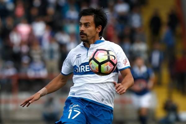 Carlos Espinosa podrá exhibirse ante Iquique para ganarse un puesto como titular ante Paranaense / Agencia UNO