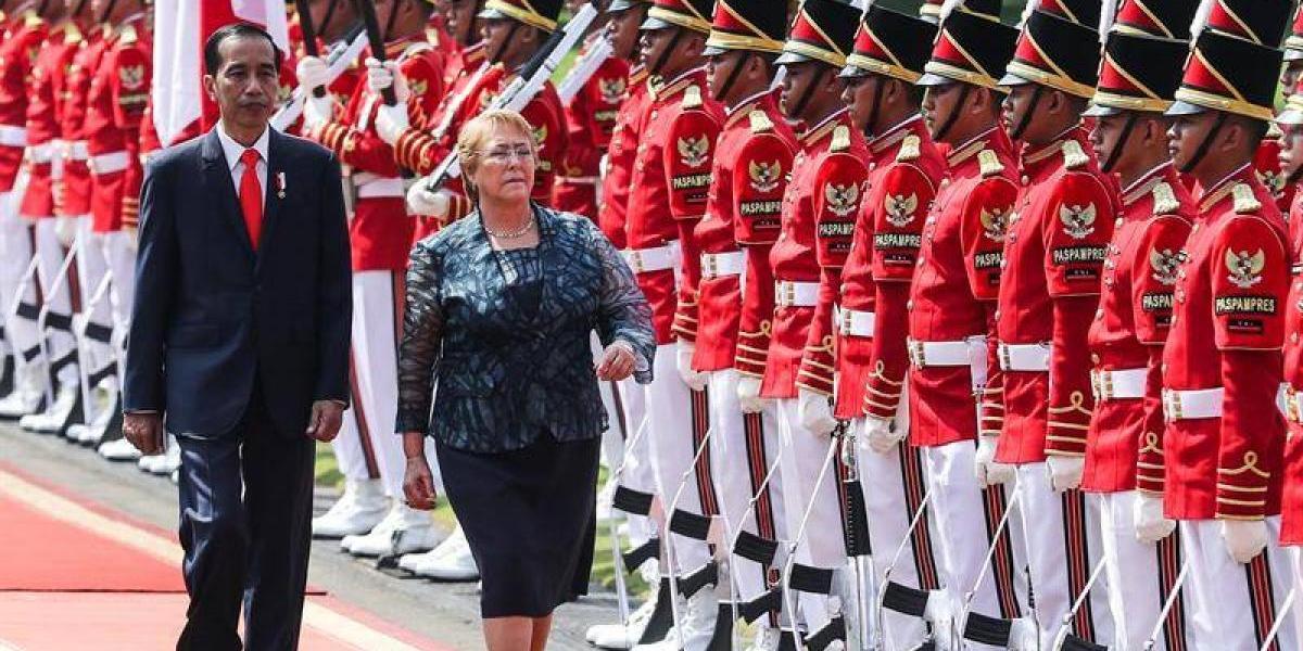 Bachelet se compromete a terminar acuerdo comercial con Indonesia este año