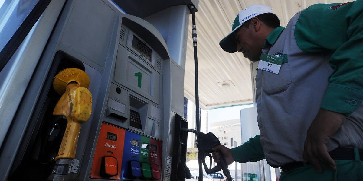 Precio de los combustibles volvería a retroceder el jueves