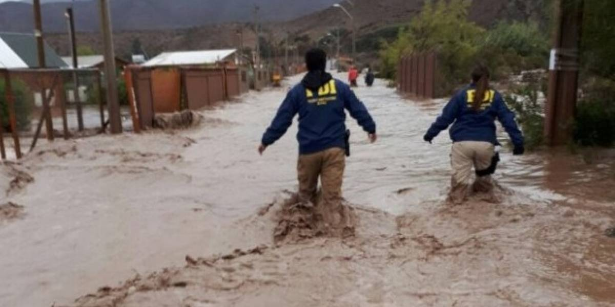 Confirman muerte de dos personas en río Rapel tras temporal en Región de Coquimbo