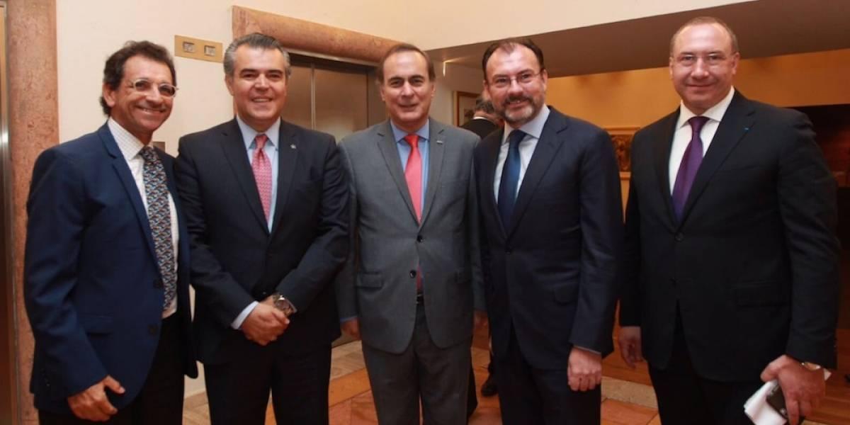 Gobierno e Iniciativa Privada irán como equipo a revisión del TLCAN: Videgaray