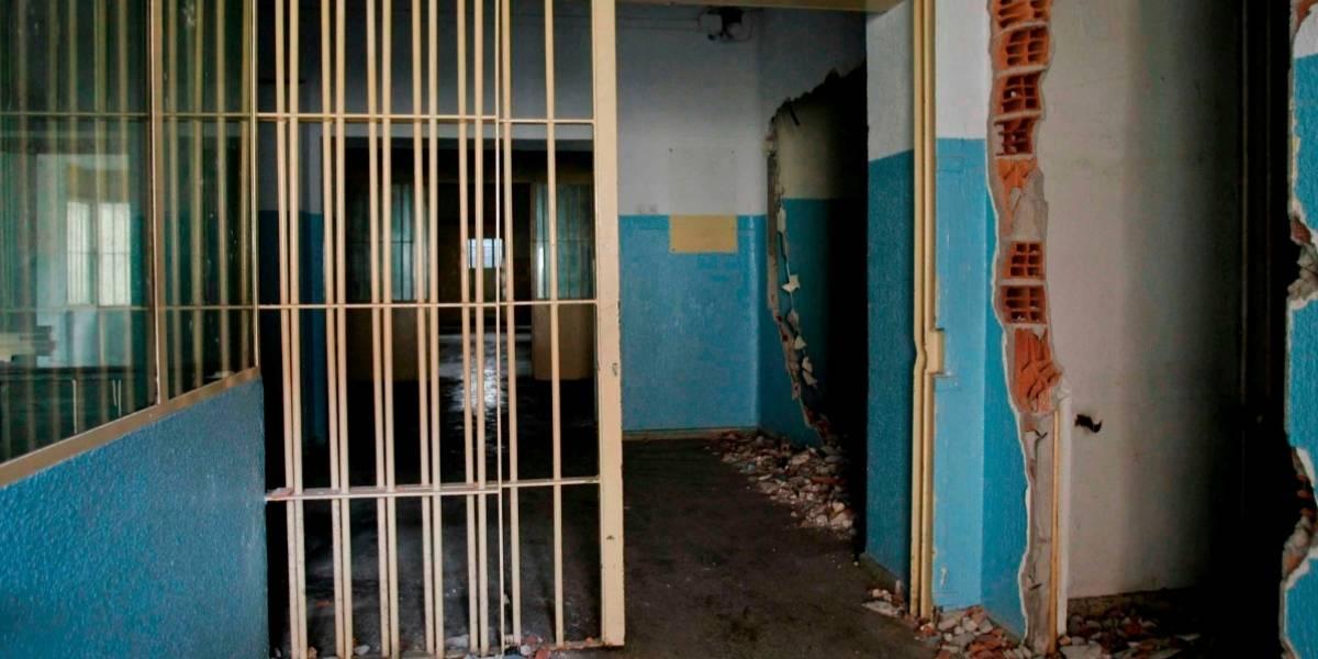 Jueces condenan a 32 años de prisión a dos papás violadores