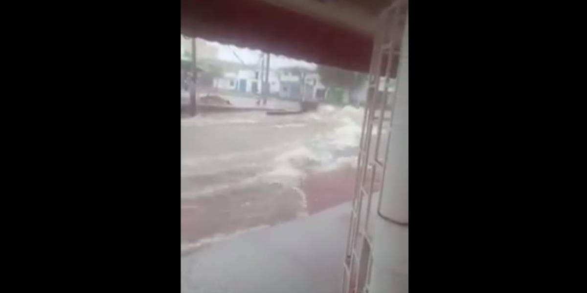 Video de un fantasma de un niño cruzando un arroyo sorprende a los barranquilleros