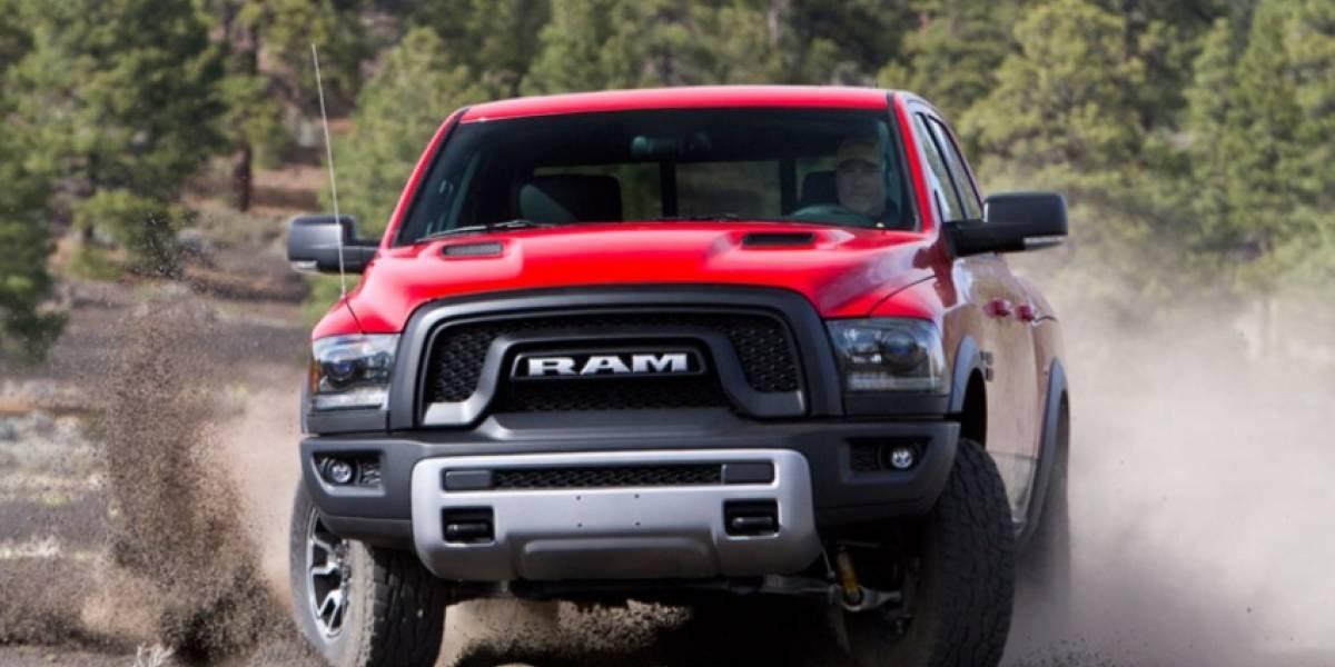Fiat Chrysler llama a reparación a 21 mil camionetas en México