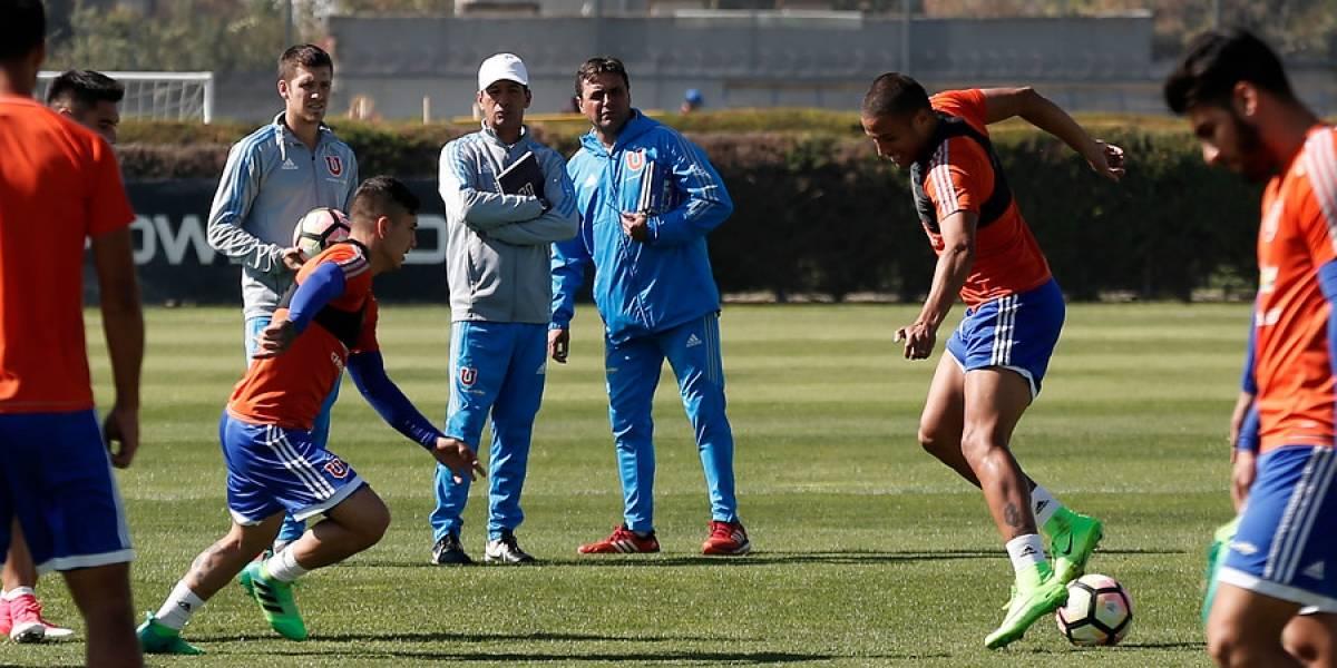 """Hijo de Hoyos sorprende: """"Quiero jugar en el fútbol chileno y busco club"""""""
