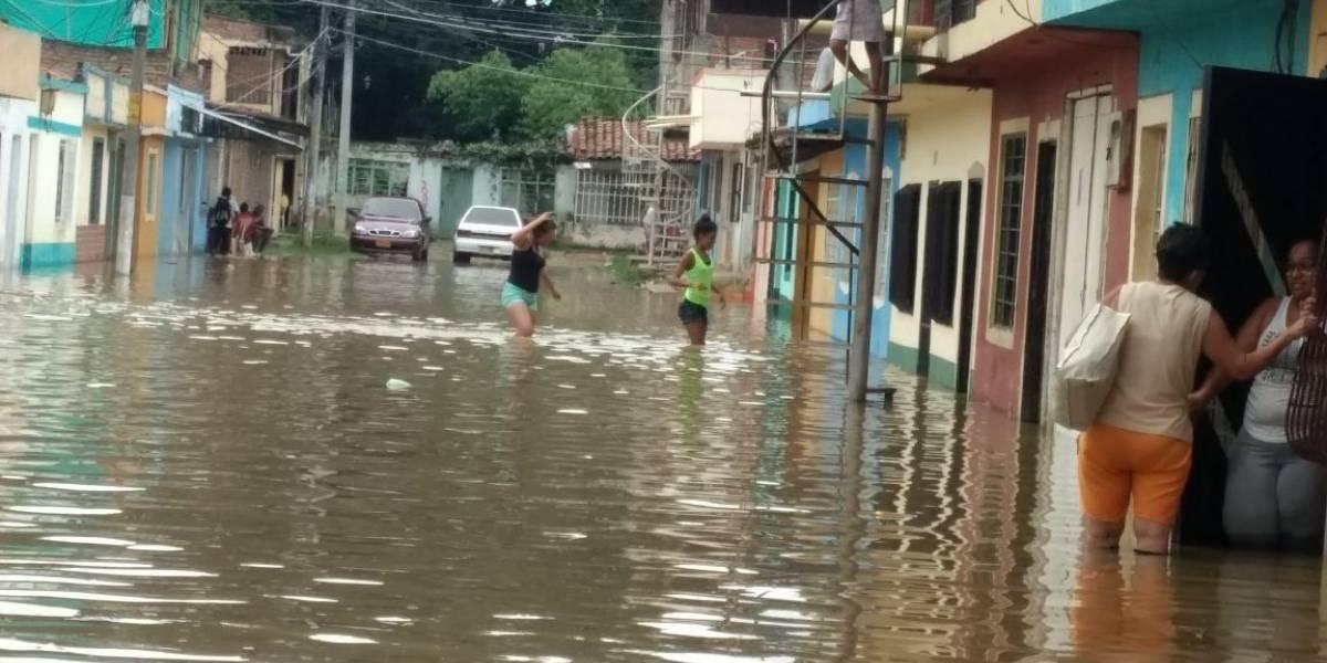 ¡Inundados!, así amanecieron los habitantes de estos barrios del Oriente de Cali