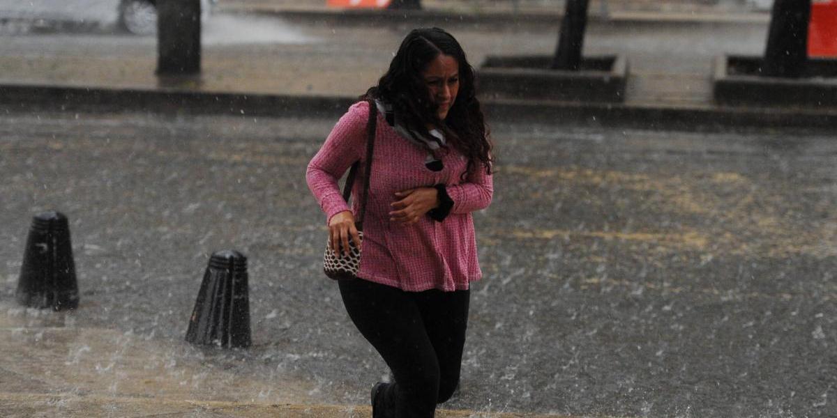 Clima: Se esperan lluvias muy fuertes durante la tarde y noche