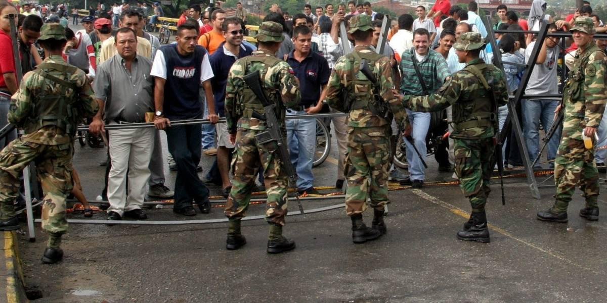 """Defensoría colombiana pide """"mínimos de protección"""" para migrantes venezolanos"""