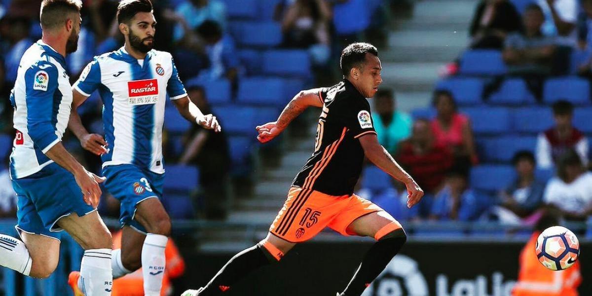 Orellana y Valencia logran vencer en la casa del Espanyol