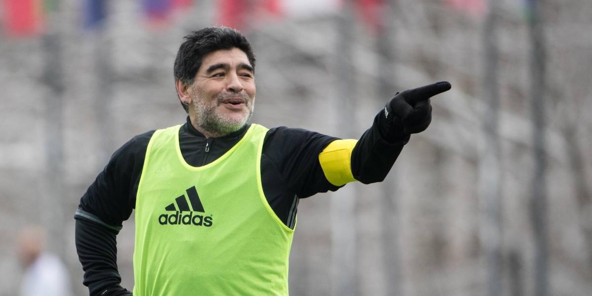 VIDEO: Maradona envía mensaje a Christian Martinoli