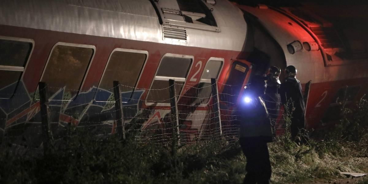 Descarrila tren de pasajeros en Grecia; hay tres muertos