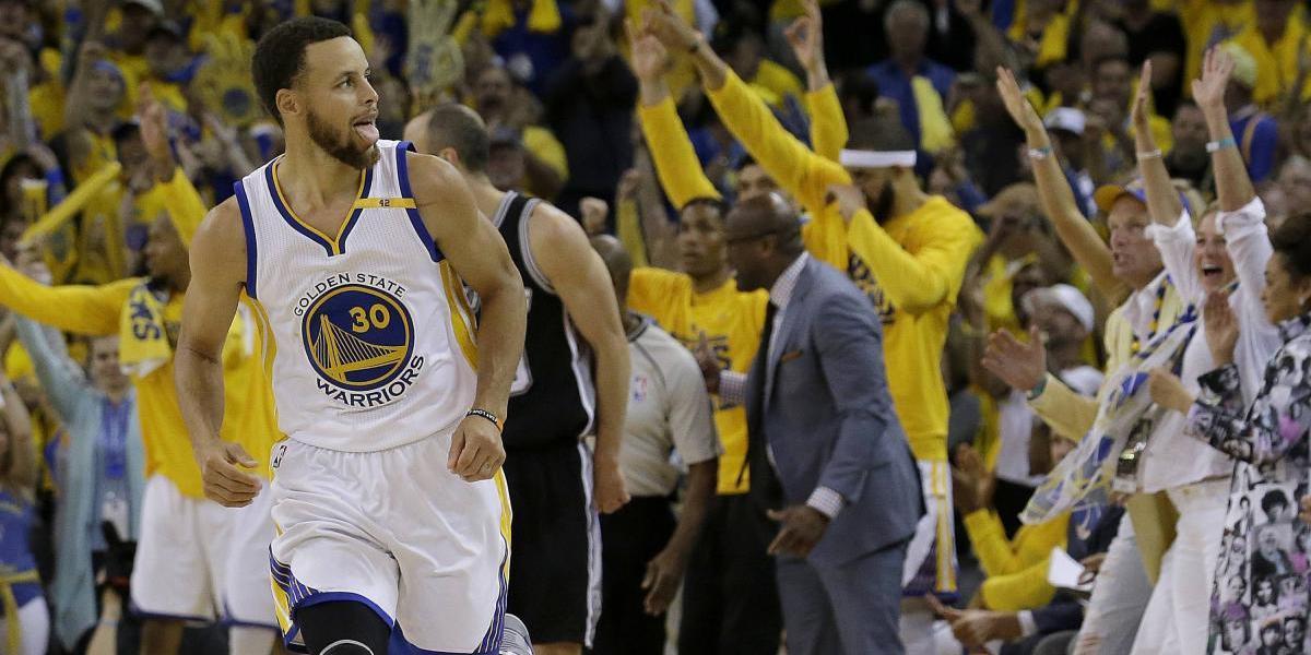 Warriors remontan de desventaja de 25 puntos