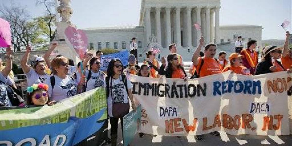 Corte Suprema podría quitarle poder a Trump sobre inmigración