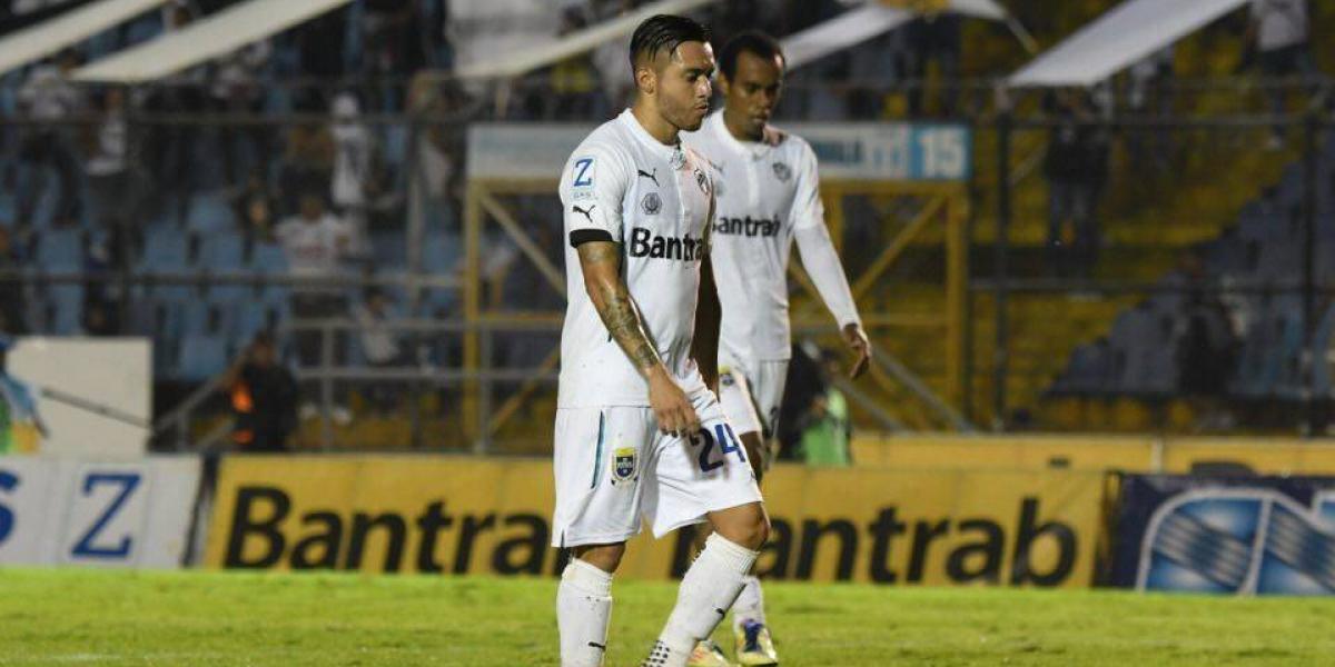 Suchitepéquez le muestra la puerta de salida del Clausura 2017 a los cremas