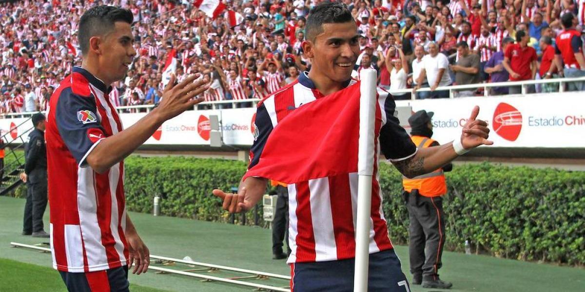 Chivas se lleva el Clásico Tapatío y está en semifinales