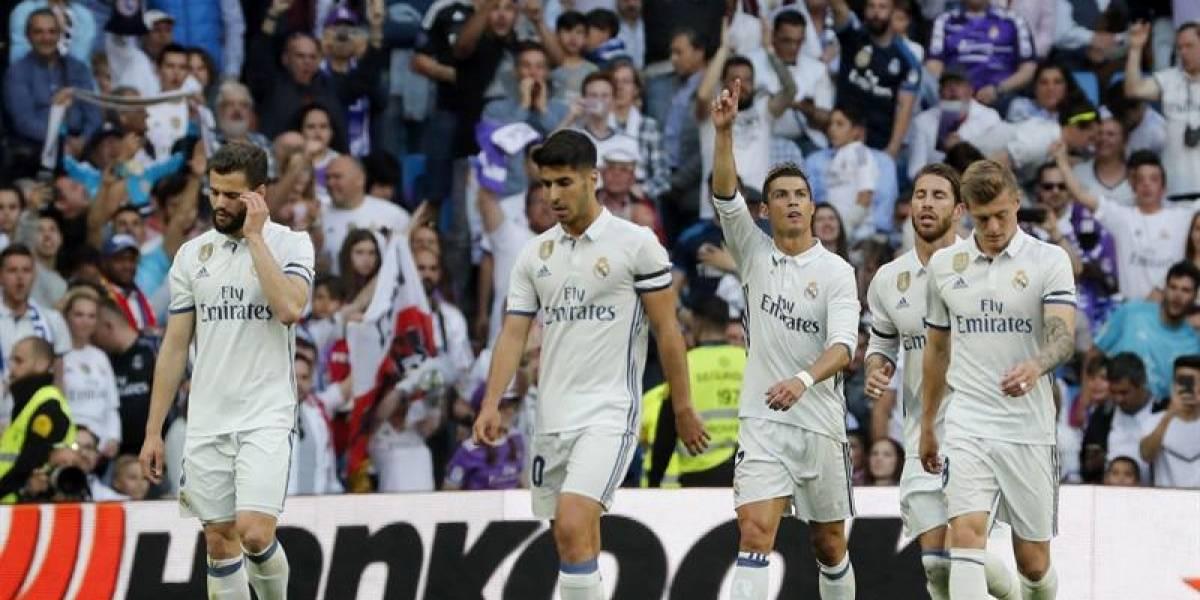 Real Madrid y Barcelona golean y mantienen la emoción en la Liga española