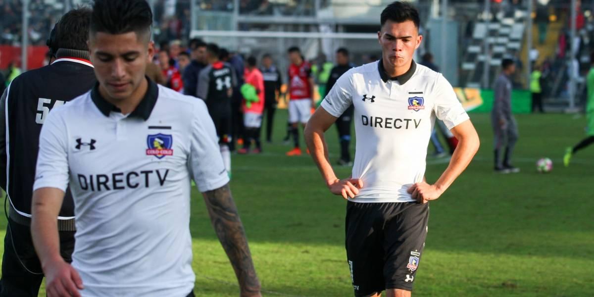 Camarín en silencio y desazón total: La tristeza reinó en los jugadores de Colo Colo