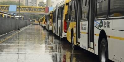 Motoristas de ônibus de São Paulo podem parar na quarta-feira