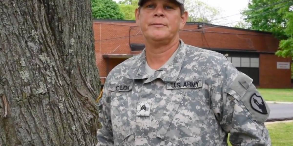 Soldados envían mensajes a sus madres