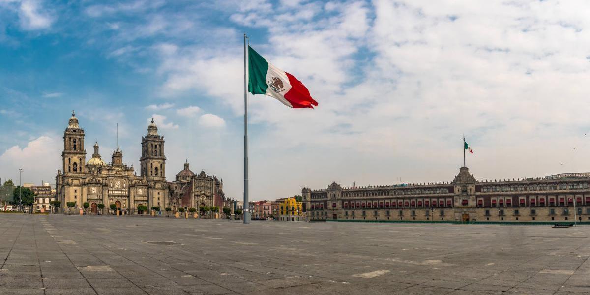 Atacan periodistas en México