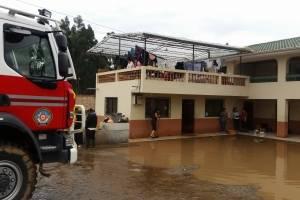 Suspensión de clases debido a las lluvias en Azuay