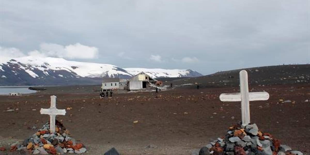 La historia detrás de una ballenera fantasma que sobrevive en el corazón de la Antártida
