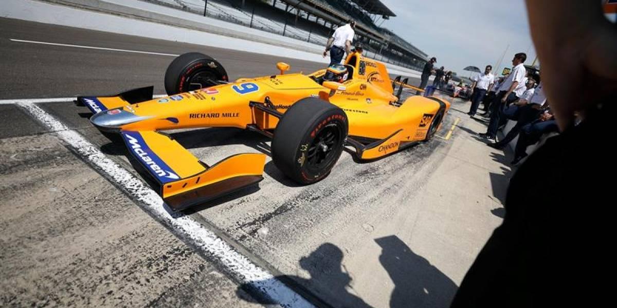 Un notable Fernando Alonso fue el más rápido en su primer ensayo en Indy 500