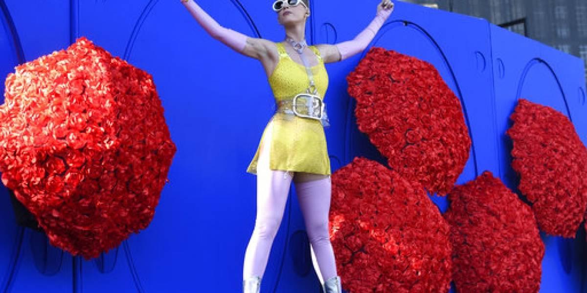 Katy Perry lanzará su nuevo disco Witness en junio