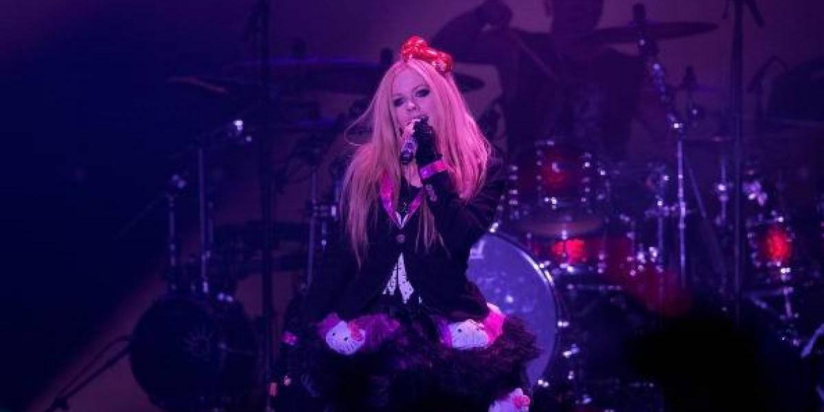 ¿Avril Lavigne está muerta y alguien más tomó su lugar?
