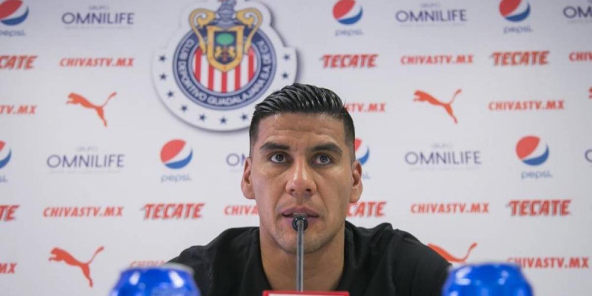 """""""En Chivas estamos obligadísimos, por historia"""":  Carlos Salcido"""