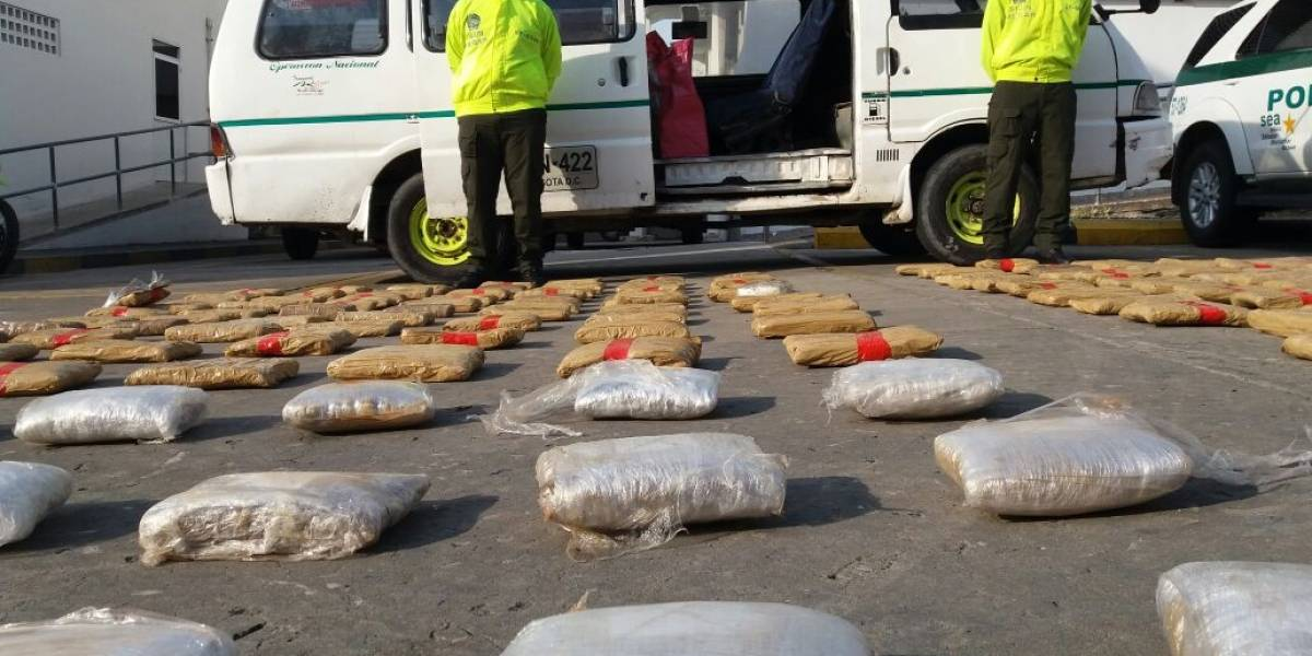 Encontraron 400 mil dosis de marihuana en una ruta escolar en Barranquilla