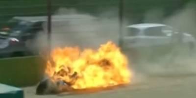 Motociclista sufrió impactante accidente en mundial de Superbikes — YouTube
