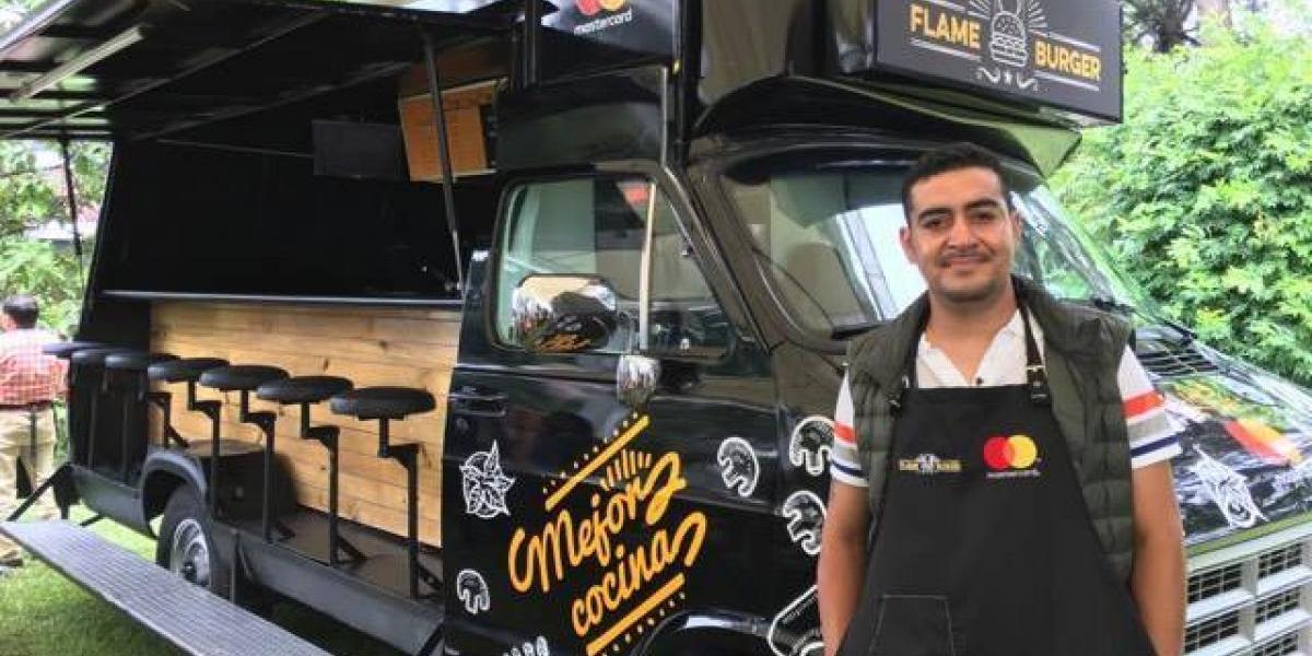 Flame Burger, un camión de hamburguesas guatemalteco que fue renovado gracias a esta iniciativa