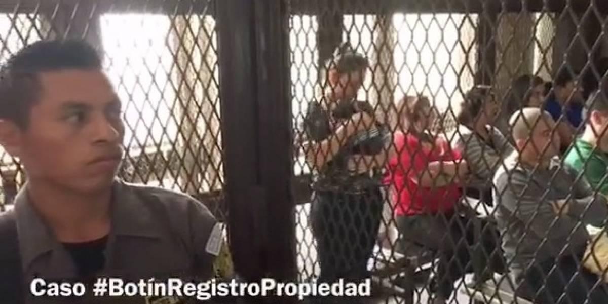 Sindicada acude audiencia con su bebé de 24 días y aún no decide su nombre