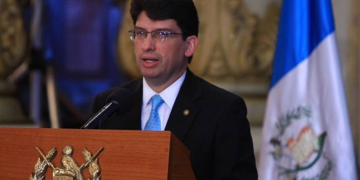 Exministro Rubén Morales brinda detalles sobre su salida de la cartera de Economía