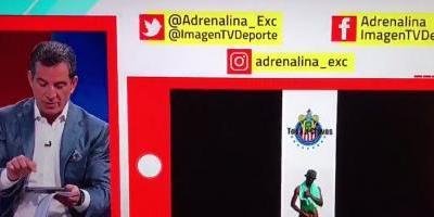 Javier Alarcón cayó en la broma del 'Negro del Whatsapp' en vivo