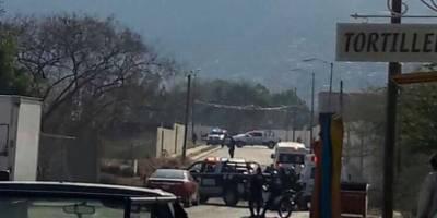 Balean a subdirectora de semanario en Jalisco; muere su hijo
