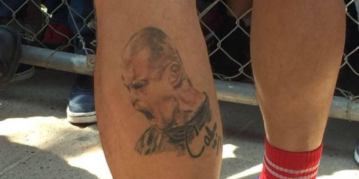 FOTO: Portero de la Liga MX tiene tatuado a Miguel Calero