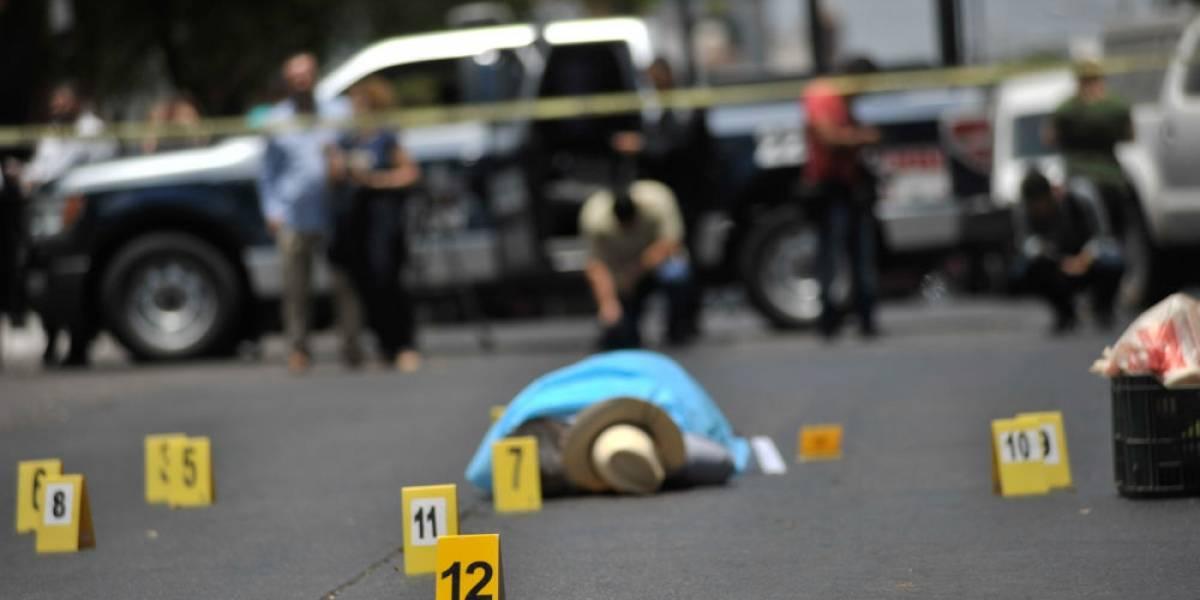 Convocan a protestar en Segob por el asesinato del periodista Javier Valdez