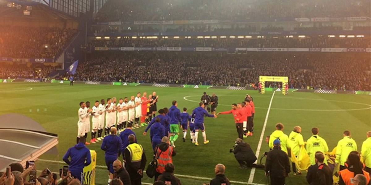 Watford realiza el pasillo de campeón al Chelsea