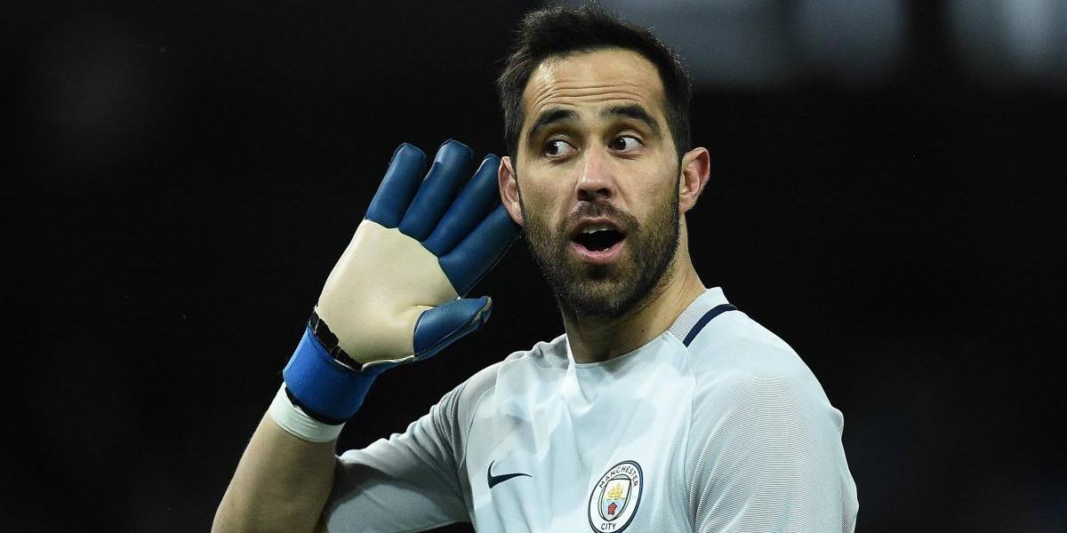 """""""El peor portero de la Premier"""": En Inglaterra destruyeron la temporada de Claudio Bravo en el City"""