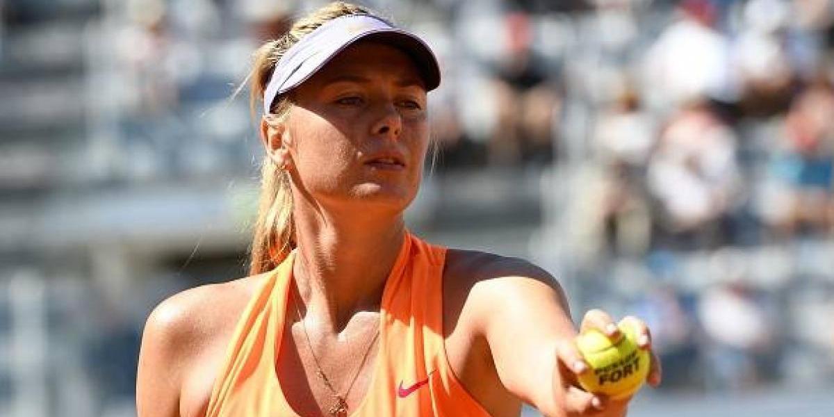 Maria Sharapova sufre incómodo momento en el Masters de Roma