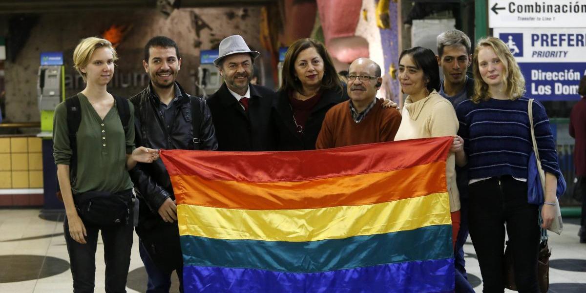 """""""Campaña del arcoiris"""": Ya son 73 las instituciones que participarán junto al Movilh"""