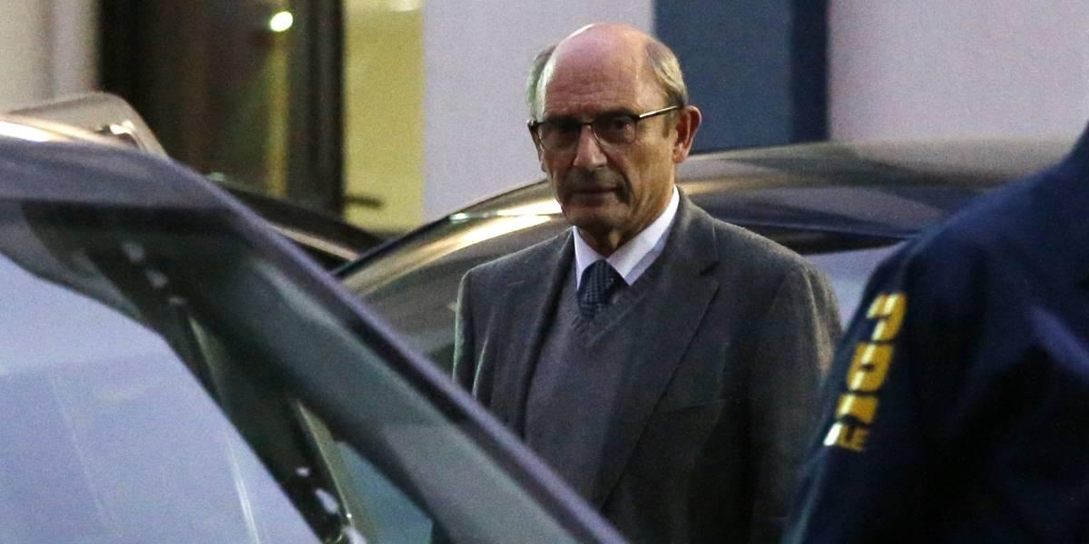 Juan Emilio Cheyre fue interrogado por 9 horas como imputado